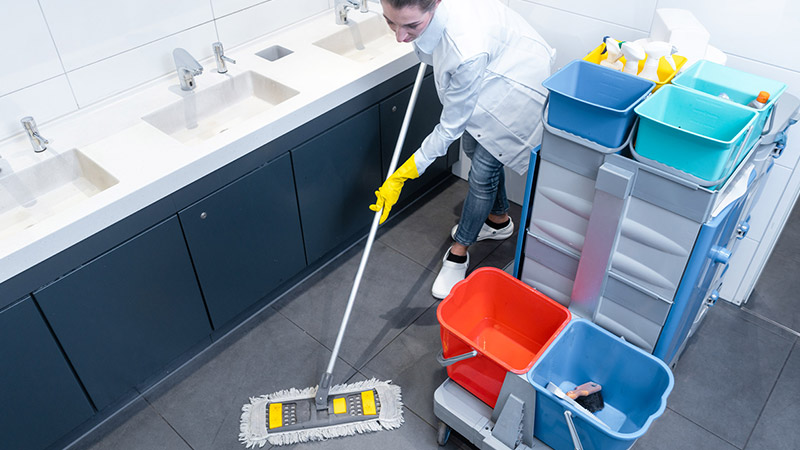 Look For These 4 Things Before Hiring A Commercial Cleaning Company